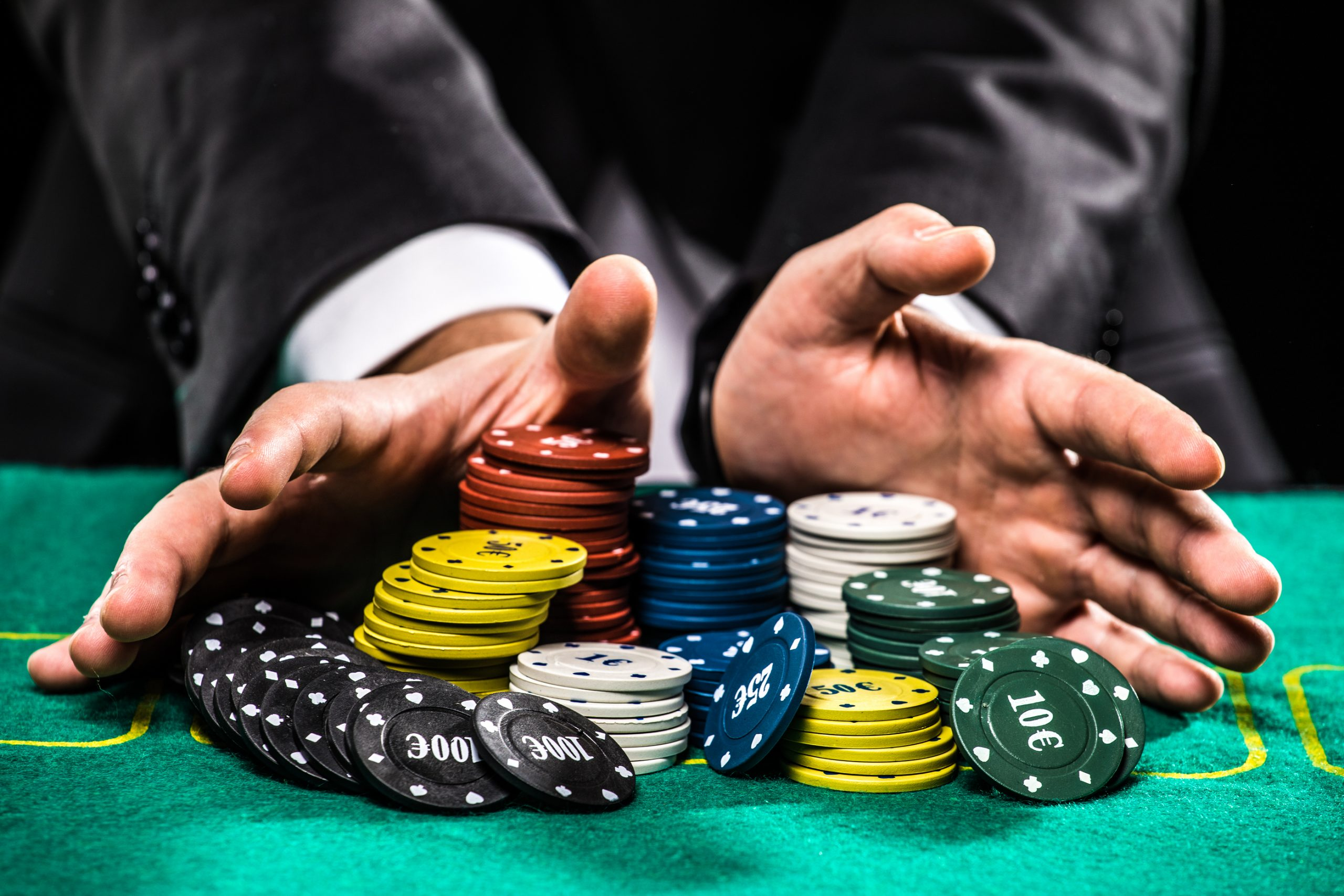 The skills needed to play online poker