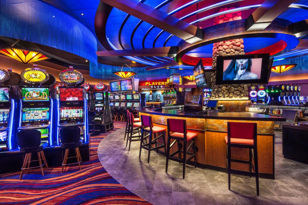 If you win a jackpot in the online casinos then you will get a chance to earn more money.