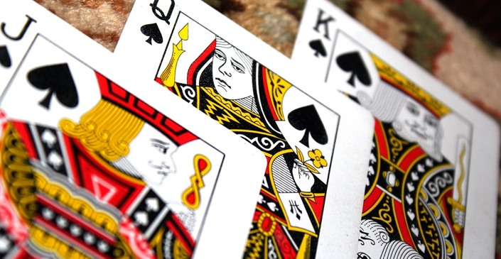Poker Tips: Learn How To Improve Your Poker Game With This Guide