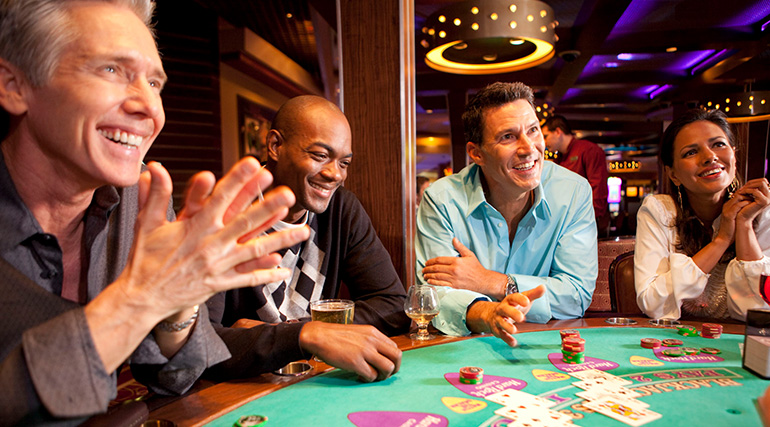 Enjoying the Excitement of Playing Online Casino Games