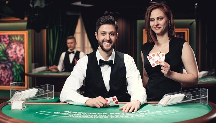 Live Sic Bo – the best way to play dice games online